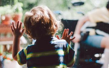 В Эстонии почти в два раза выросло число детей с особыми потребностями