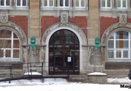 С 1 января в Нарвской больнице не будут выдавать слуховые аппараты