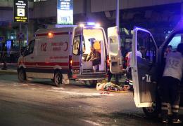 Россияне, оказавшиеся в аэропорту Стамбула во время теракта, не могут связаться с консульством РФ в Турции