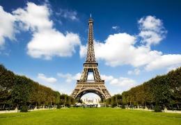 Вокруг Эйфелевой башни собираются возвести пуленепробиваемую стену для защиты от террористов