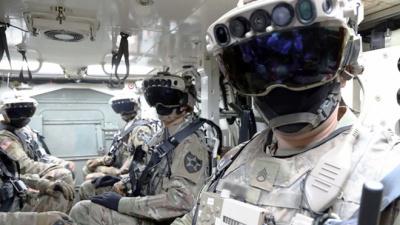 Microsoft поставит американским военным 120 тыс. гарнитур дополненной реальности за 22 млрд долларов