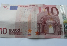 Баллотирующиеся в Кивиыли два кандидата покупали голоса избирателей по 10 евро