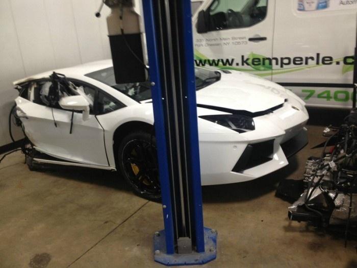 Lamborghini Aventador в виде двух половинок за 125 000 долларов