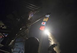 США нанесли ракетный удар по аэродрому в Сирии