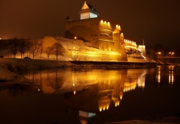 Нарвский замок закрыт до конца марта для одиночных туристов
