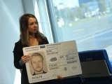 Департамент полиции представил ID-карты нового образца