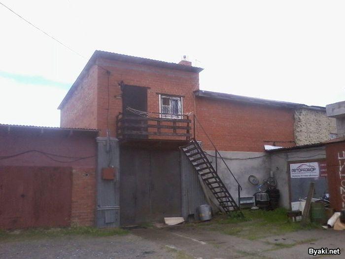 Если очень захотеть и гараж можно превратить в квартиру