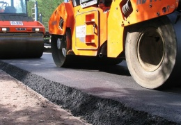 На ремонт нарвских дорог потратят более 500 000 евро