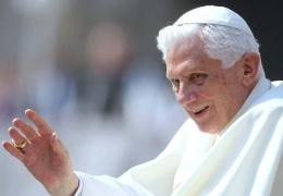 Папа уйдет в монастырь