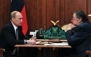 Путин принял отставку губернатора Кемеровской области Тулеева
