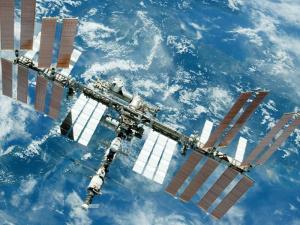 На МКС по-прежнему не могут ликвидировать утечку воздуха. На восполнение потерь тратятся резервные запасы
