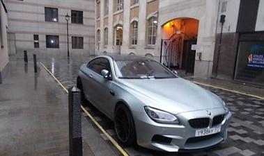 В центре Лондона BMW M6 с российскими номерами за пару месяцев накопил 7000 фунтов долгов за парковку