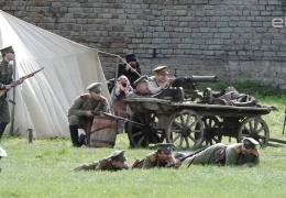 В Ивангороде состоялась реконструкция боя между Красной армией и белогвардейцами
