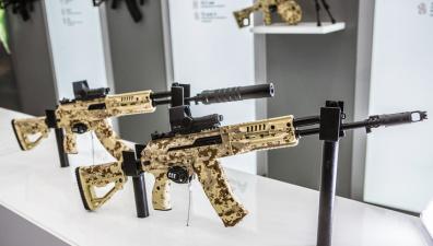 СМИ: российская армия берет на вооружение сразу два новых автомата