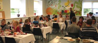 Размер дотации на школьный обед вырастет до одного евро