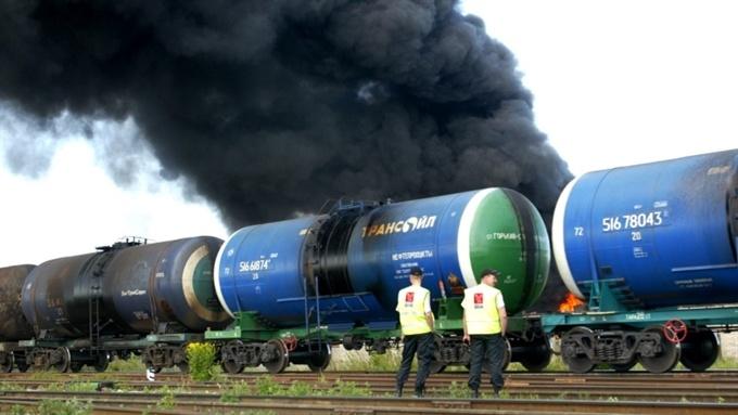 В Нарве имитируют железнодорожную аварию