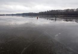 Запрещен выход на лед Нарвского водохранилища и Чудского озера