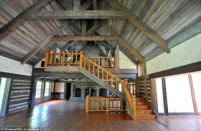 Знаменитое ранчо Майкла Джексона «Неверленд» продается за 100 000 000$