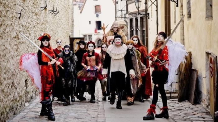 30 лет на сцене: Giraffe Royal открывает в Нарве юбилейный театральный сезон