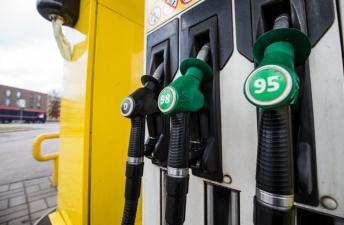 Эксперт: с января литр топлива на эстонских заправках может вырасти до 1,35 евро