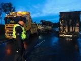 В Рапламаа легковушка столкнулась с грузовиком: один человек погиб