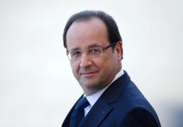 Опубликовано ВИДЕО реакции Олланда на выстрел снайпера во время его речи