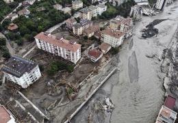 Наводнение на севере Турции: число жертв увеличилось до 64