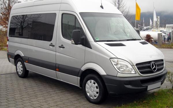 В Нарве на границе у гражданина Украины конфисковали угнанный в Австрии автомобиль
