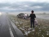 Крупный град в Аргентине серьезно повредил порядка 20 автомобилей