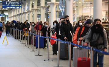 Бельгия приостанавливает авиасообщение с Великобританией из-за новой разновидности COVID-19