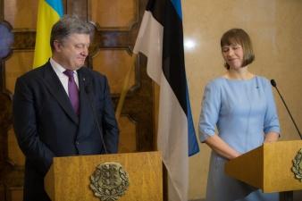 президенты Керсти Кальюлайд и Петр Порошенко обсудили отношения Украины и ЕС