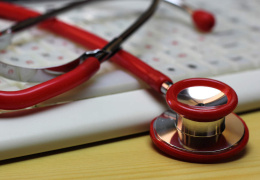 Удобный диагноз: в списках некоторых семейных врачей до 60% пациентов – инвалиды