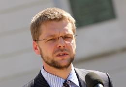 Осиновский хочет отменить требование по знанию эстонского языка на уровне С2