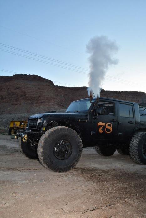 Паровоз Jeep Wrangler. Истинный паропанк