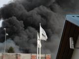 ФОТО и ВИДЕО: площадь пожара на станции сортировки мусора на Суур-Сыямяэ превысила 3500 кв.м