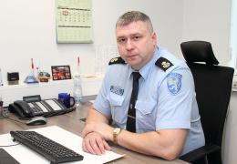 Полицейские задержали форточника и двух автомобильных воров