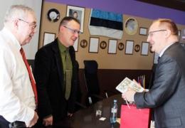 Латвия готова восстановить расположенный под Нарвой памятник латышским беженцам