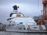 Новая суперъяхта Абрамовича за 45 миллиардов рублей провела ходовые испытания