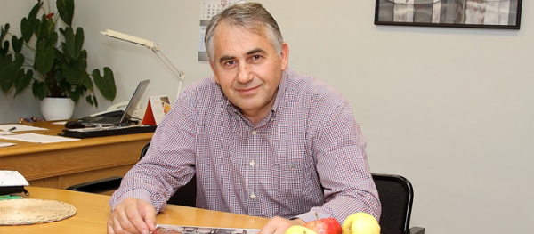 Александр Брокк стал почётным гражданином Нарвы