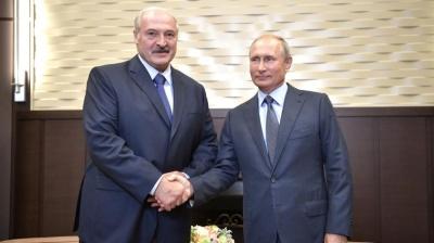 Лукашенко явился к Путину без галстука. LIVE