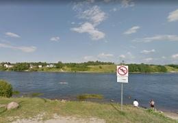 Нарвитянина оштрафовали за купание в неположенном месте
