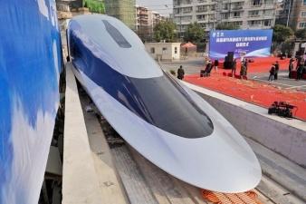 В Китае начались испытания супербыстрого поезда на магнитной подушке - он может достичь 620 км/ч