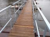 На Урале мост, который жители ждали в течение 2 лет, сломался через день после открытия