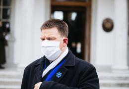 Ратас пообещал обсудить предложение Ааба обязать население носить маски в общественных местах