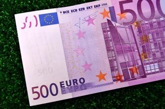 Реформисты внесли в производство закон об освобождении 500 евро от подоходного налога для всех