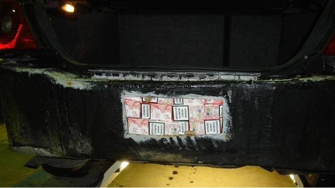 На границе в Нарве изъяли 125 000 контрабандных сигарет