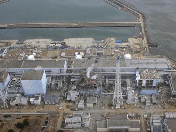 """Под """"Фукусимой-1"""" скопилось 20 тысяч тонн радиоактивной воды, которая утекает в океан"""