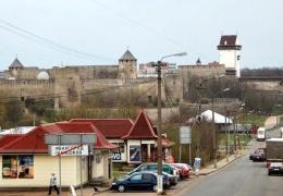 На границе в Ивангороде возможны пробки из-за наплыва футбольных фанатов