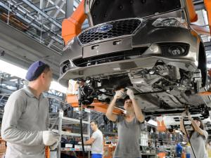 В России господдержка позволит выпустить более 200 000 автомобилей