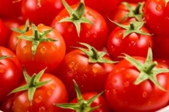 Медики посоветовали худеть с помощью помидоров